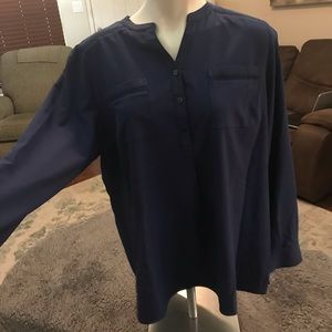 Denim and co long sleeve blouse with crocheted
